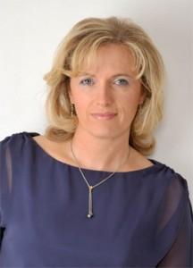 Elke Fingleton