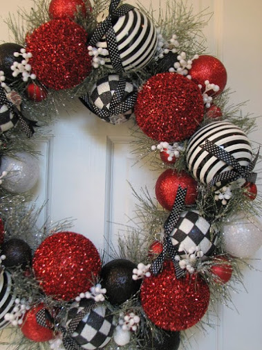Selecting Colors for your Holiday Decor